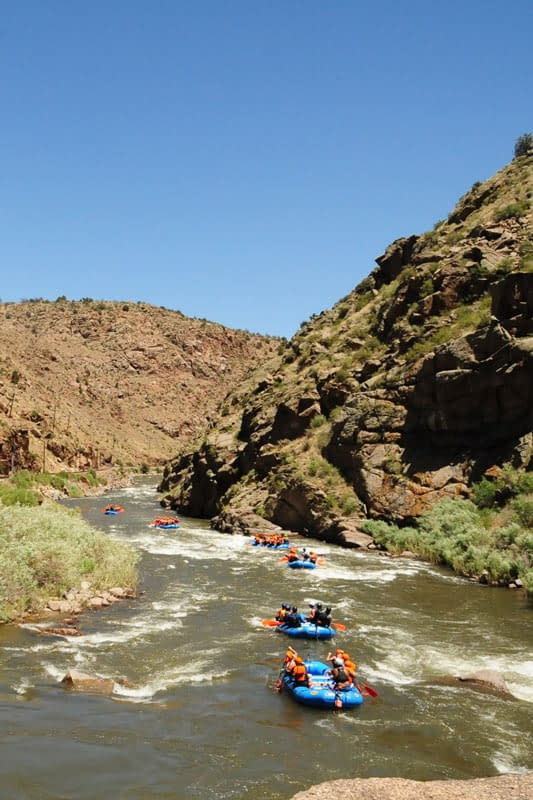 rafting trips from mild to adventurous at Echo Canyon