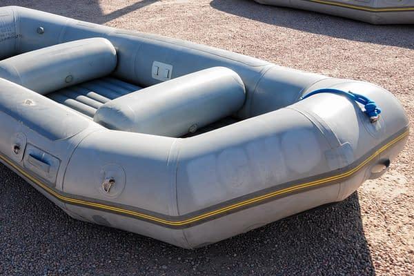 14 foot Avon raft for sale - McCloud-04