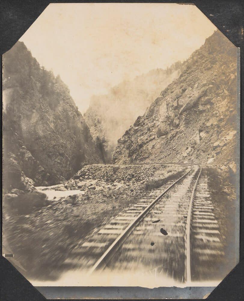 historic photograph of Royal Gorge train tracks